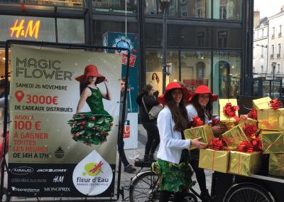 Street Marketing Triporteur Hotesse Magic Flower Angers - Andégave Communication